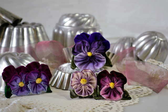 Vintage and French wired-ribbon pansies