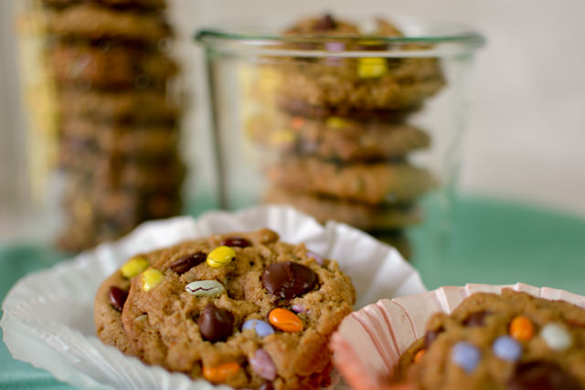 Chocolate chip cookies with sunflowers