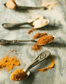 Cinnamon Cloves Cardamom Nutmeg
