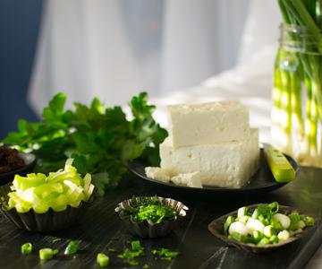 Feta cheese for quinoa salad