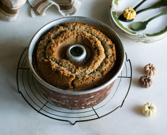 cake brown sugar and pecan caramel pound cake cake brown sugar and ...