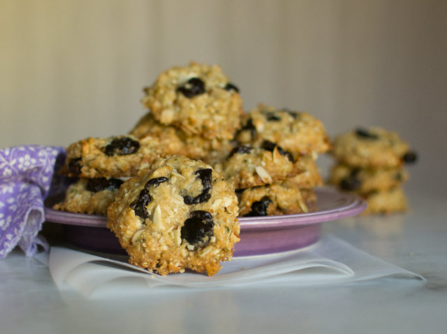 Hippie Oatmeal Cookies with Hemp Hearts