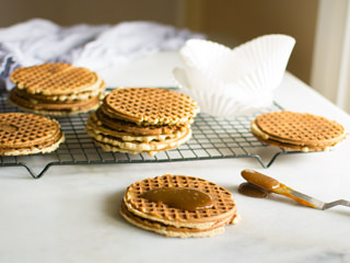 Making Stroopwafels