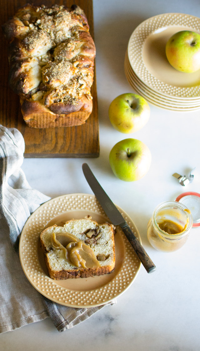 Apple Pie Bread with Apple Butter